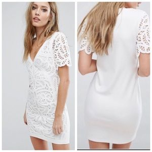 French Connection Crochet Mini Dress Sz 0 (Q30)